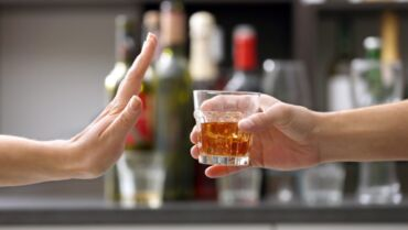 ALCOHOL: TO DRINK OR NOT TO DRINK? WHAT DOES THE BIBLE TEACH?